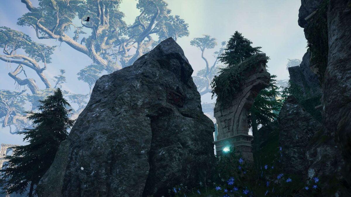 Eine rissige Felswand am Gebirge von Heimdalls Turm in Assassin's Creed Valhalla.