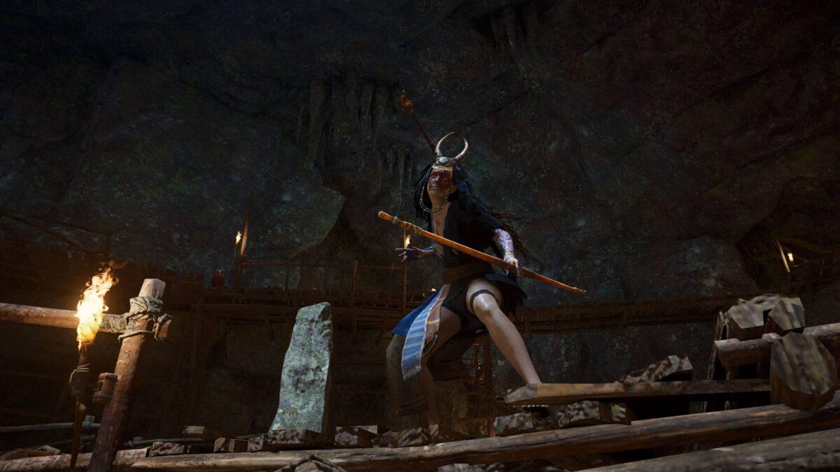 Modron bereitet sich in Assassin's Creed Valhalla auf einen Kampf mit Wikinger Eivor vor.