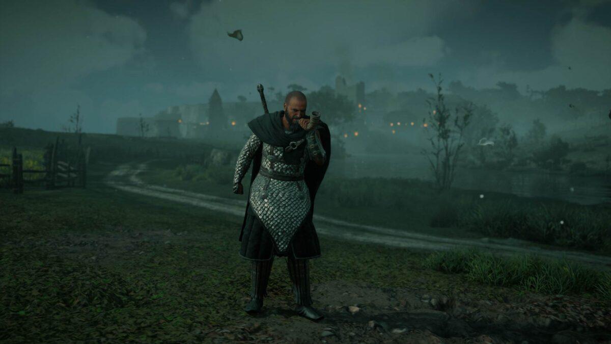 Fulkes Kämpe bläst in Assassin's Creed Valhalla das Horn zum Rückzug seiner Männer.