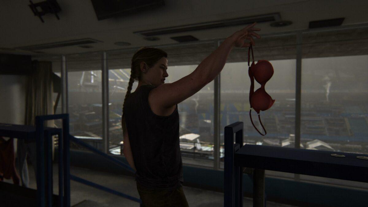 Abby findet in ihrem Zimmer in The Last of Us 2 einen roten BH.