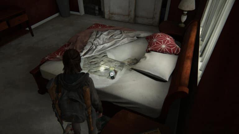 Auf dem Bett im Schlafzimmer liegt eine Sprengfalle.