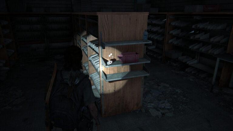 7 Zusätze auf Regal im Medikamentenraum in Westons Pharmacy in The Last of Us 2