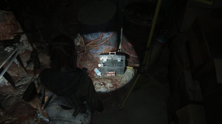 Zusätze in vom Cordyceps-Pilz überwucherten Lagerraum in den Wartungstunneln in The Last of Us 2