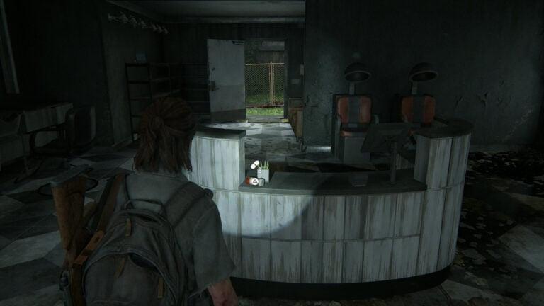 8 Zusätze auf Verkaufstresen bei Shear Lux in The Last of Us 2