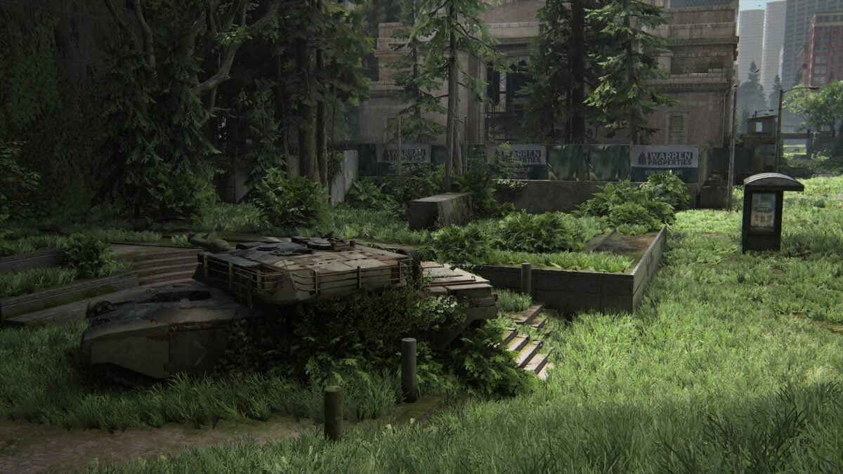 Ein überwucherter Panzer in Seattle Zentrum.